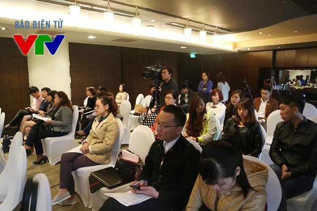 Buổi họp báo có sự tham dự củađông đảo nhân sự trong giới truyền thông