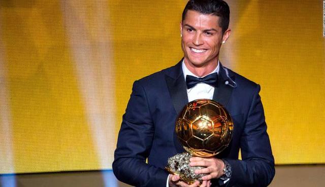 Đang có không ít sẵn sàng chi 300 triệu euro để sở hữu Cris Ronaldo