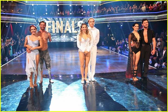 Ba cặp đôi trong đêm chung kết Dancing With The Star