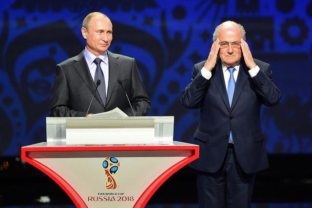 Tổng thống Nga Putin và Chủ tịch FIFA Sepp Blatter
