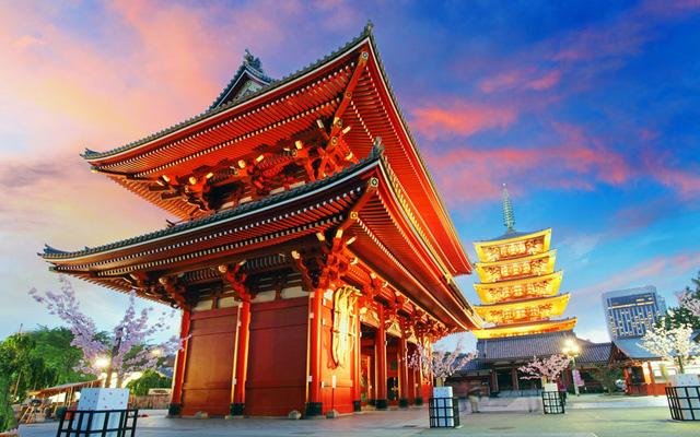 Thủ đô của xứ sở hoa anh đào, Tokyo được xếp hạng cao ở mọi tiêu chí, đó đứng số 1 trong danh sách.