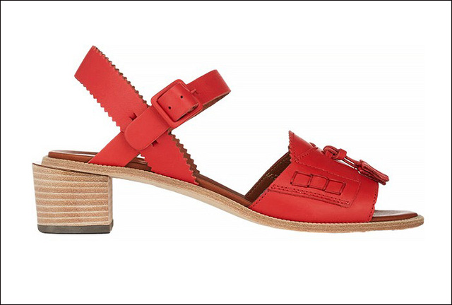 Sandals gót cao màu đỏ nổi bật của Band of Outsiders
