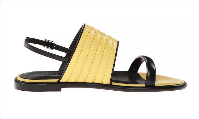 Sandals da màu đen - vàng rực rỡ của Chloe