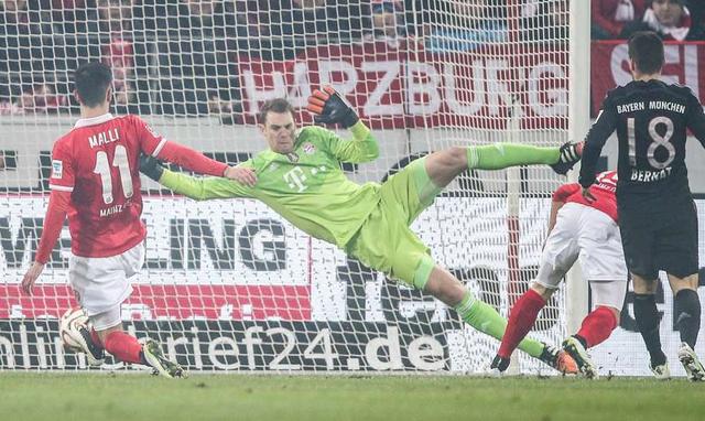 Sau khi để Marco Reus chọc thủng lưới, Neuer thi đấu như lên đồng vào giữ sạch lưới cho Bayern Munich hơn 620 phút. Bàn thua tiếp theo mà Neuer phải nhận là trong chiến thắng 2-1 của Hùm xám trước Mainz.