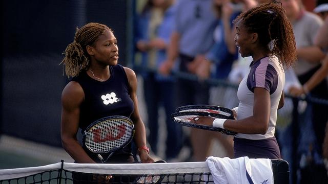 Hai chị em nhà Williams trong trận bán kết Indian Wells 2001.