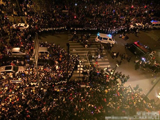 Hiện trường vụ giẫm đạp kinh hoàng tại Thượng Hải