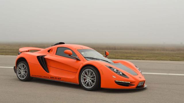 Sin R1 GT vẫn sở hữu động cơ V8 với dung tích xi-lanh 6,2 lít của LS3 như phiên bản R1