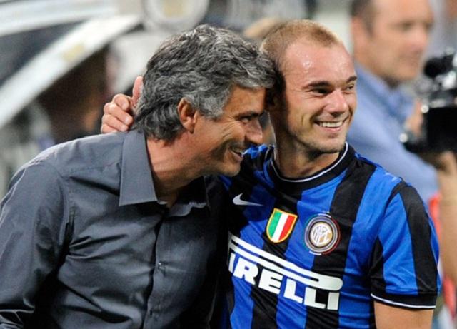Trò cũ của HLV Mourinho ở Inter là Sneijder được xếp vào hàng những số 10 hoàn hảo.