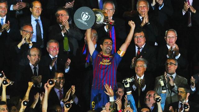 Xavi xứng đáng là huyền thoại của Barcelona