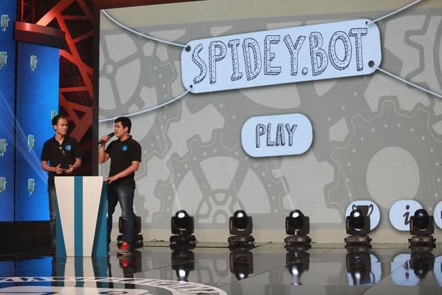 Thử thách trong trò chơi Chú nhện robot - Spidey bot