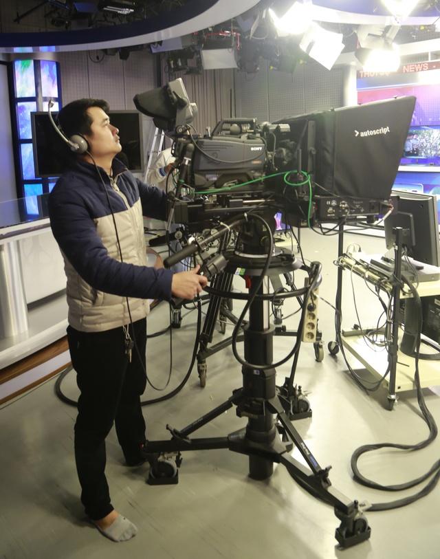 Các máy quay được kiểm tra kỹ lưỡng trước giờ lên sóng
