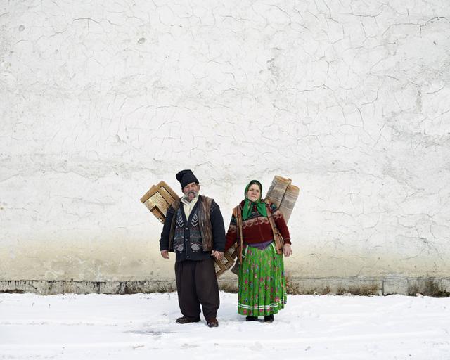 Những người bán thảm (Pojorata, Đông Romania), 2012