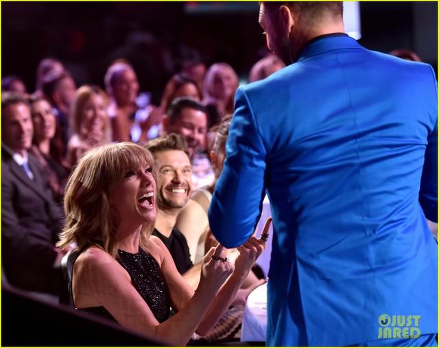 Taylor Swift và Justin Timberlake đã chuẩn bị sẵn cách biểu lộ cảm xúc nếu giành được chiến thắng tại lễ trao giải iHeartRadio Music Awards 2015.