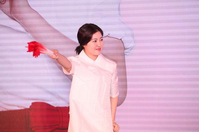 Nữ diễn viên Shim Eun-Kyung là người thủ vai bà nội tuổi 20 trong Miss Granny của đạo diễn Hwang Dong Hyoek