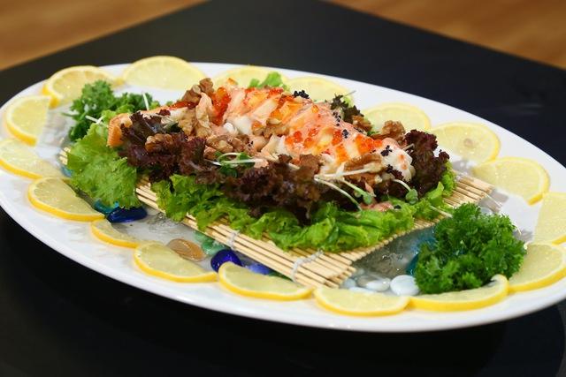 Món Salad tôm