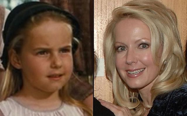 Kym Karath - diễn viên thể hiện vai cô bé Gretl. Năm nay Kym 56 tuổi. Ngoài nghiệp diễn, bà còn được biết đến với tư cách người đồng sáng lập quỹ dành cho trẻ em Aurelia.