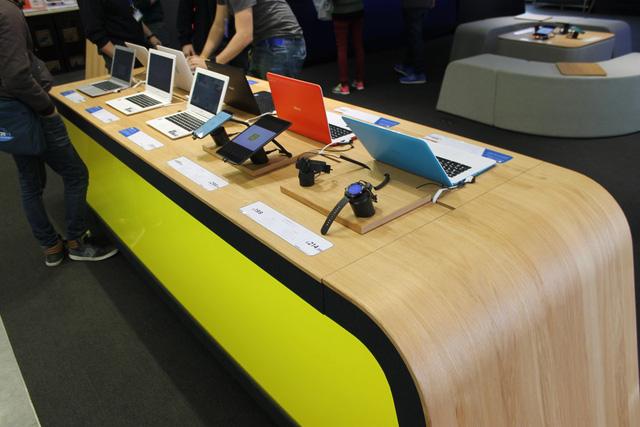 Google trưng bày các sản phẩm công nghệ của hãng