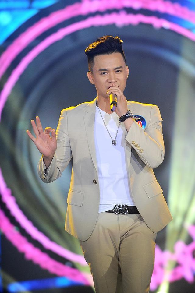 Ở đêm thi quan trọng này, có lẽ Lê Văn Đạt là thí sinh cho thấy sự thoải mái, không bị căng thẳng. Anh thể hiện ca khúc That's ok của FBoiz nhẹ nhàng.