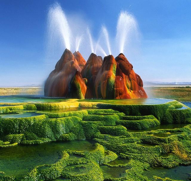 Mạch nước phun Fly Geyser ở Nevada, Mỹ