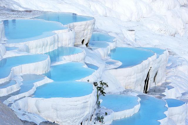 Suối tuyết Pamukkale ở Thổ Nhĩ Kỳ