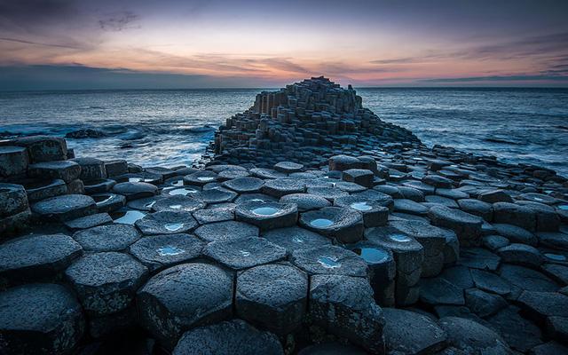 9. Bãi đá cuội khổng lồ nằm ở phía Bắc Ireland