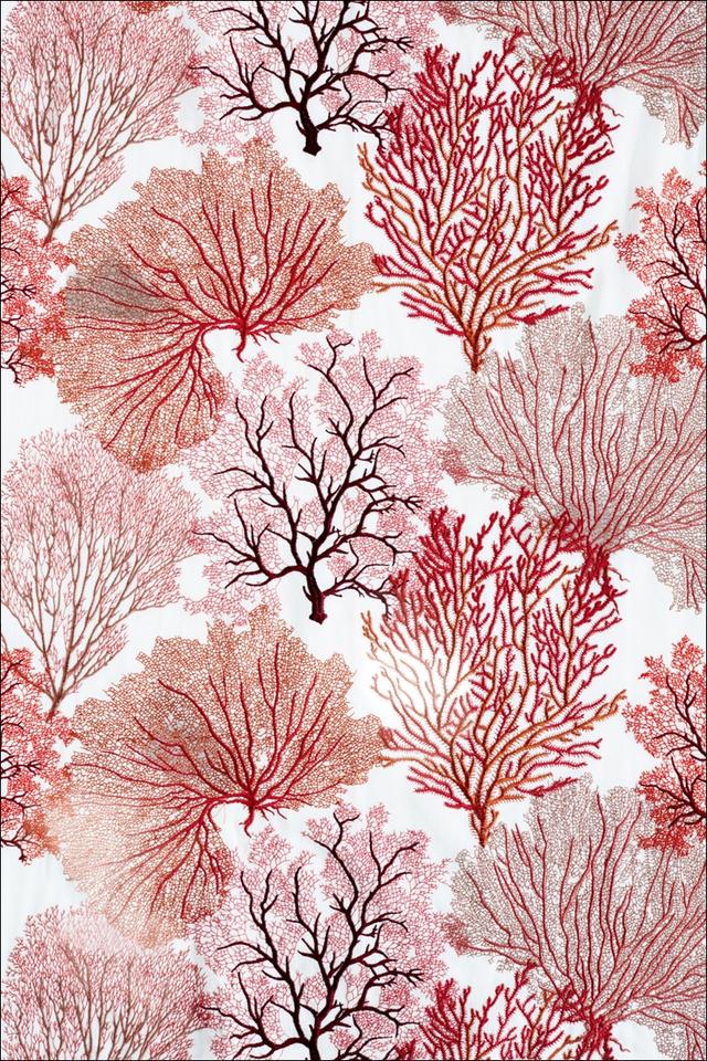 Vải tơ lụa mềm mại hình san hô và thực vật biển, được dùng để làm khăn trải bàn hay rèm cửa.
