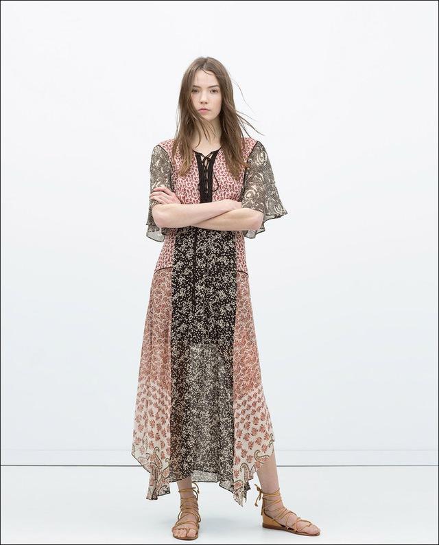 Váy maxi mềm mại có họa tiết theo phong cách hippie.