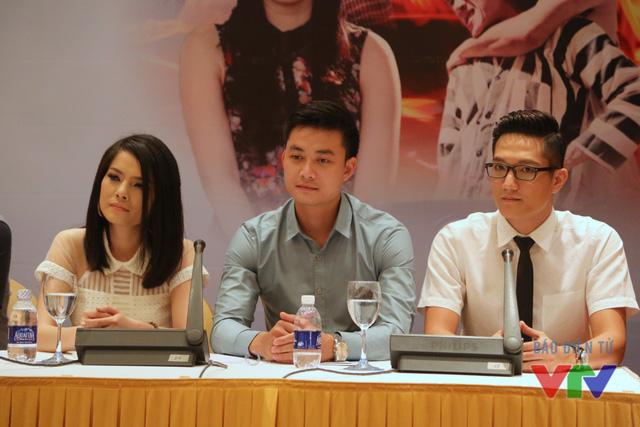 Trong Câu hỏi số 5, Tiến Lộc sẽ sánh vai bên nhiều diễn viên tài năng khác như Kiều Thanh, Thanh Hoa hay Chí Nhân... Phim sẽ lên sóng từ ngày 12/8 trên kênh VTV3.