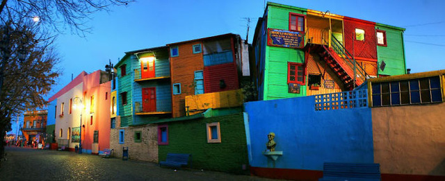 Khu nhà màu mè tại Buenos Aires (Argentina)