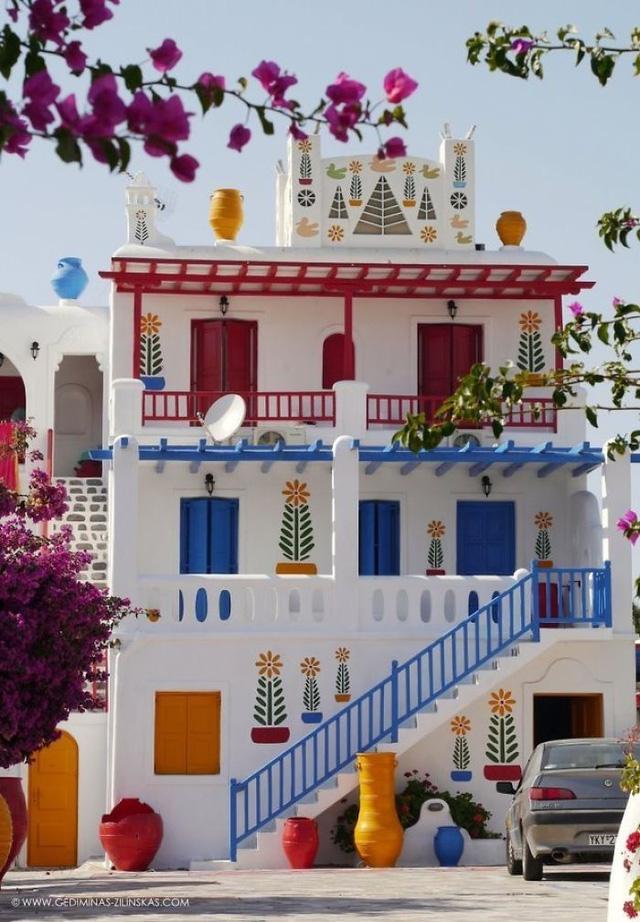 Một ngôi nhà đáng yêu ở Hy Lạp.