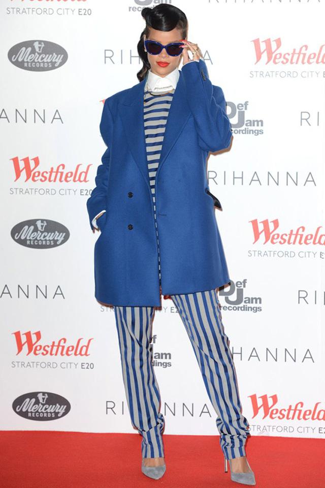 Rihanna vốn được biết đến là nữ ca sĩ vô cùng cá tính và được nhận xét là có gu thời trang tomboy khá đặc trưng.