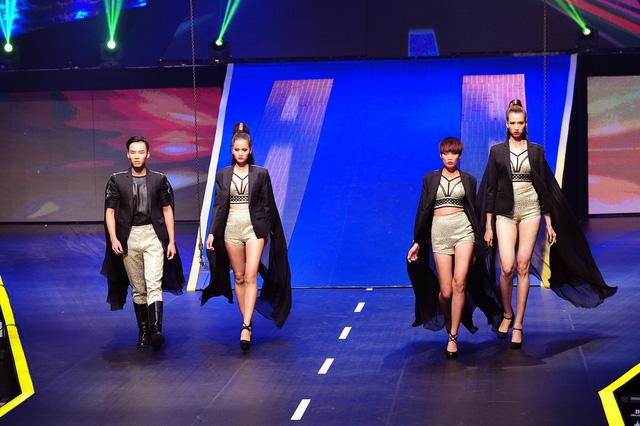 Top 4 Vietnams Next Top Model 2015 khoe dáng chuyên nghiệp