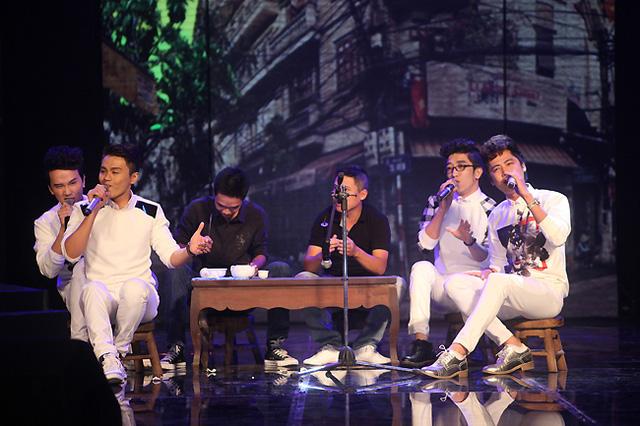 Nhóm Ayor thể hiện ca khúc Uống trà của Phạm Toàn Thắng.