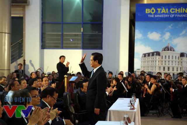 Thủ tướng Nguyễn Tấn Dũng đã tới dự Triển lãm Thành tựu Phát triển kinh tế - xã hội năm 2015