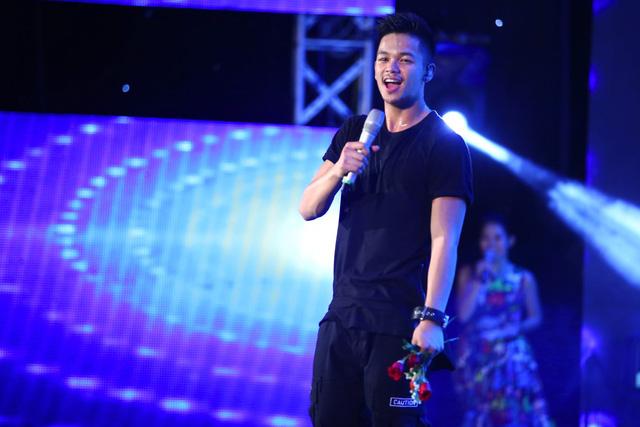 Có thể thấy, sau Vietnam Idol, con đường âm nhạc của Trọng Hiếu phát triển khá ổn định. Mới đây, anh đã cho ra mắt MV Bạch Tuyết thời nay với phong cách trẻ trung, năng động.