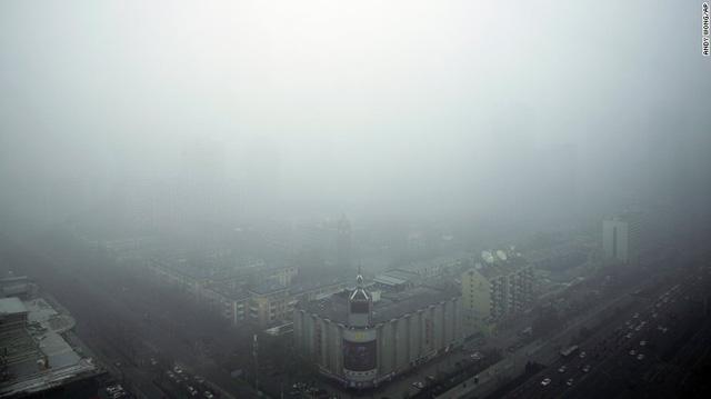 Các thành phố của Trung Quốc nhìn từ trên cao đều trở nên mù mịt.