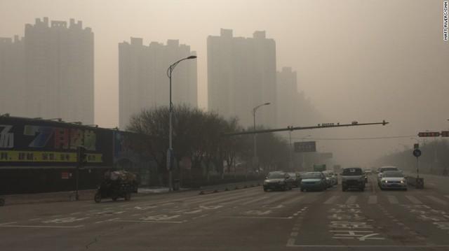 Quang cảnh thành phố Bảo Định (Trung Quốc) trong tình trạng ô nhiễm.