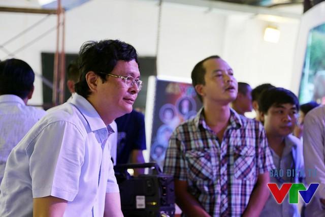 Ông Trần Bình Minh bày tỏ sự hài lòng với công tác chuẩn bị của Đài THVN tại triển lãm