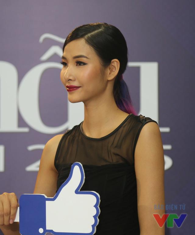 Xuất hiện tại vòng sơ loại Vietnams Next Top Model 2015 trong vai trò giám khảo, Hoàng Thùy sẽ là vị cứu tinh của nhiều thí sinh bởi cô là người hiểu rõ nhất những khó khăn và vất vả họ phải trải qua khi đến với cuộc thi.