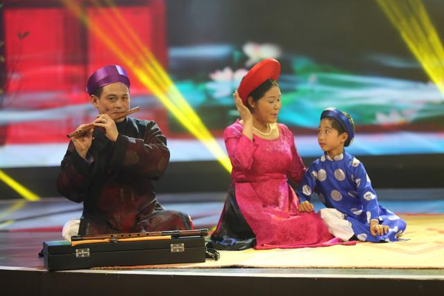 Bé Đức Vĩnh - thí sinh của Vietnams Got Talent sẽ biểu diễn cùng nghệ sĩ Thanh Ngoan.