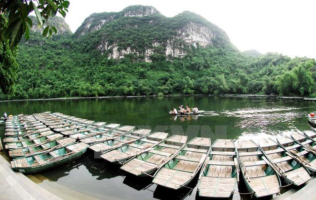 Bến thuyền phục vụ khách tham quan du lịch. (Ảnh: Minh Đức/TTXVN)