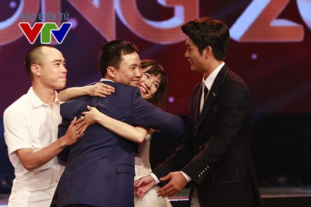 Giải thưởng Phim mới ấn tượng được trao cho bộ phim Tuổi thanh xuân - một sản phẩm hợp tác giữa VTV và công ty giải trí CJ.