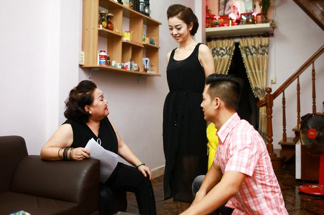 Cặp đôi đã tìm đến nhà NSND Ngọc Giàu để học cách hát tân cổ
