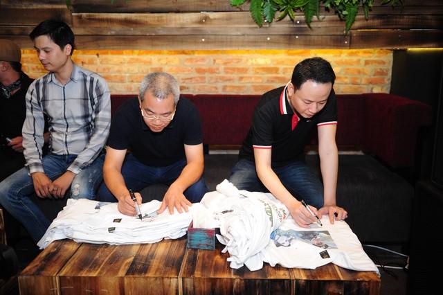 Đạo diễn Danh Dũng và diễn viên Tùng Dương