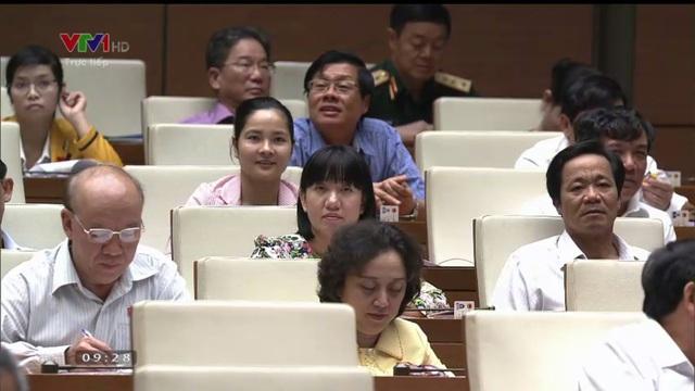 Các đại biểu đặt ra các câu hỏi khá khó dành cho Bộ trưởng Nguyễn Quân