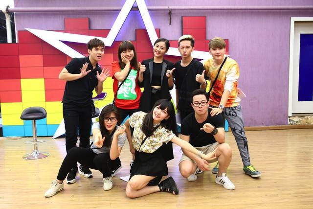 Tập 56 Học viện ngôi sao có sự góp mặt của ca sĩ Văn Mai Hương sẽ lên sóng vào 19h55 hôm nay (17/11) trên kênh VTV6.