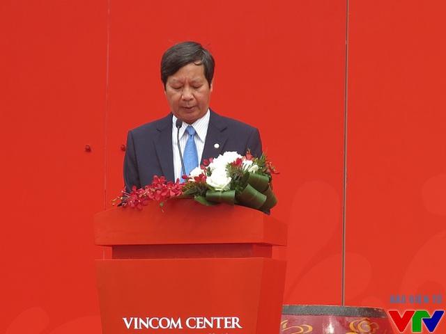 Ông Lê Khắc Hiệp - Phó chủ tịch Tập đoàn VinGroup phát biểu khai mạc