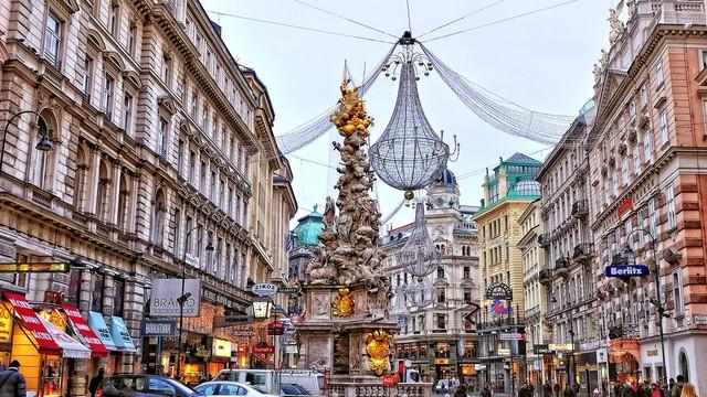 Thủ đô Vienna lộng lẫy trong dịp lễ cuối năm