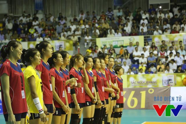 ĐT bóng chuyền nữ Việt Nam tự tin nhập cuộc trong trận mở màn tại VTV Cup 2015 gặp ĐT Philippines.