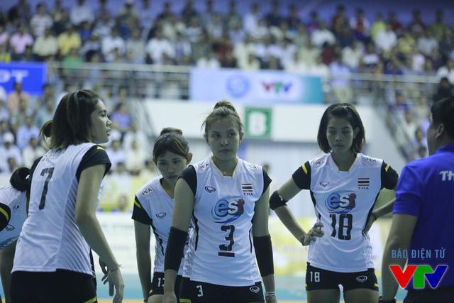 Chỉ duy nhất lần đối đầu với ĐT bóng chuyền nữ Việt Nam, đôi chút lo âu xuất hiện.